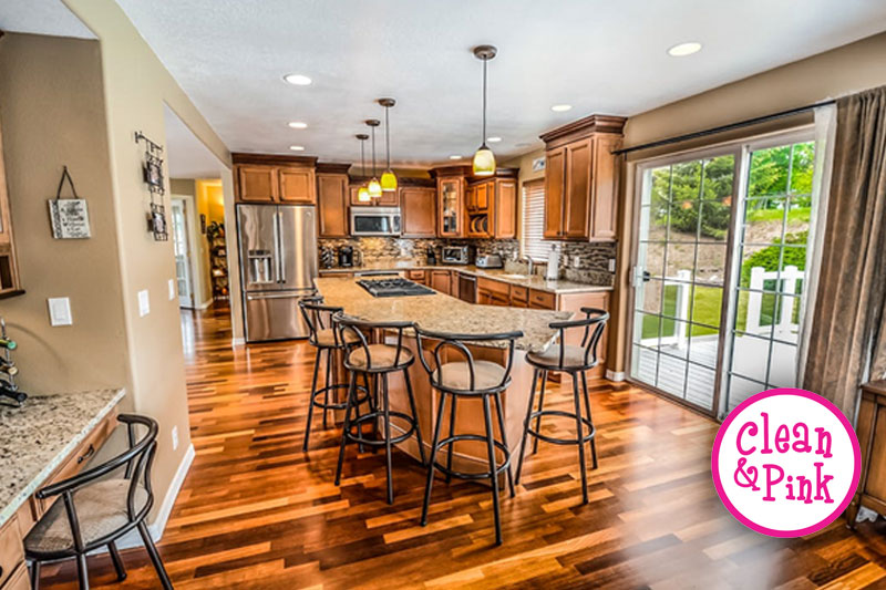 Keeping Your Kitchen Floors Clean - Memphis Cleaning Service